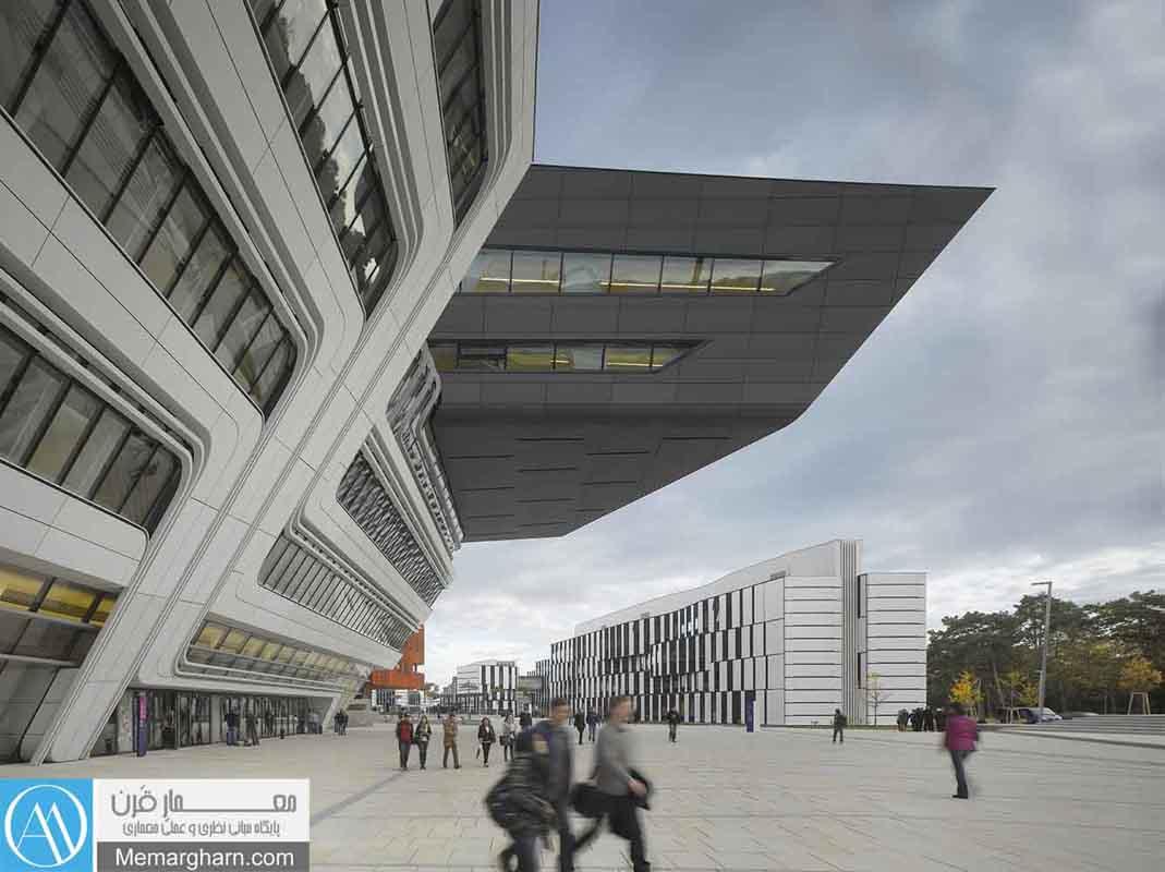 کتابخانه-مرکزی-دانشگاه-اتریش